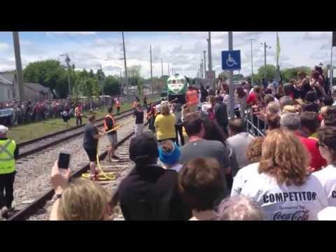 12 women pulling a train