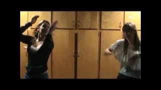 "getlinkyoutube.com-Sexy girls dance to ""Get Low"""