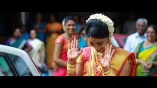 getlinkyoutube.com-Kerala Hindu Wedding Highlights Kailas + Divya
