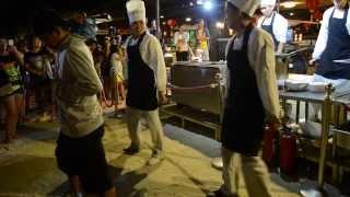 getlinkyoutube.com-Boracay Dancing Chefs!