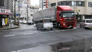 getlinkyoutube.com-大型トレーラー テイク31 ボルボ Volvo Trailer 国道2号線へと右折