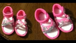 getlinkyoutube.com-Tutorial como hacer unas sandalias o zapatos para tus muñecas/ How to make doll sandals foami