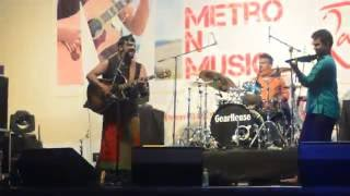 getlinkyoutube.com-Raghu Dixit mumbai metro junction mall