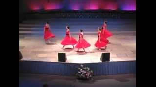 getlinkyoutube.com-Cuan Grande es Dios (How Great Is Our God) - Danza
