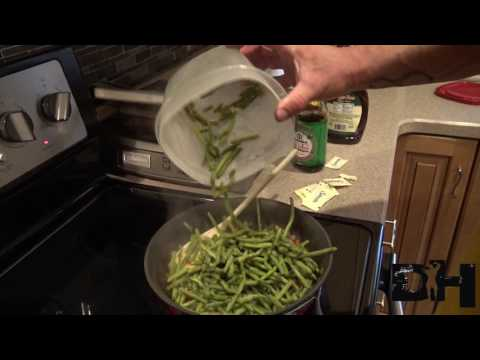 Cooking with Dusty... Caramelized green beans FTW