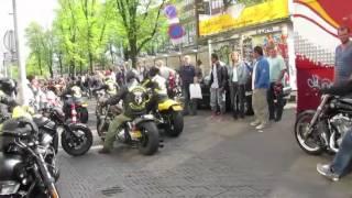Harley Day Amsterdam 2011 - Hells Angels meet Satudarah (3/5)