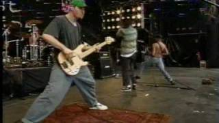 getlinkyoutube.com-Rage Against The Machine - Bullet In The Head - 1993