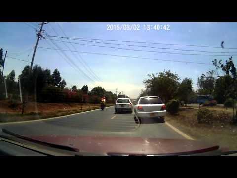 Idiot Nissan AD Driver