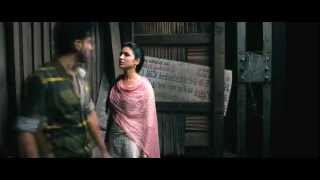 getlinkyoutube.com-Ishaqzaade Parineeti Chopra HOT Kiss Scene