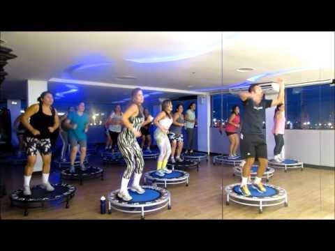 Aula de Jump, Dança do Arrocha - Parangolé / Professor Eric Jefferson