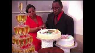 gateau de mariage et champagne music mike kalambayi - Photo Mariage Mike Kalambay