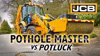 getlinkyoutube.com-JCB Pothole Master Vs Potluck