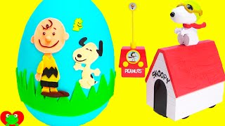 getlinkyoutube.com-The Peanuts Movie Snoopy and Charlie Brown Play Doh Surprise Egg