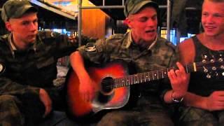 getlinkyoutube.com-Армейские песни под гитару - Когда же приказ?..mp4