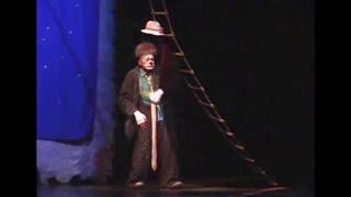 "getlinkyoutube.com-Coat act from ""Snowstorm"". Cirque du Soleil ""Alegria"" 2010-2013"