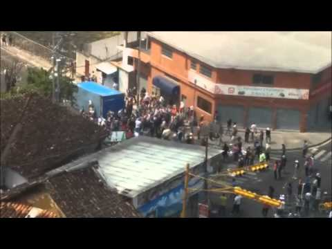 Barricada-Guarimba San Cristobal estado Tachira, Venezuela