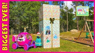 getlinkyoutube.com-BIGGEST DISNEY PRINCESS SURPRISE BOX EVER Toy Surprises Egg PlayDoh Elsa Frozen Princess 24v Ride-On