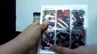 Mi colección de tarjetas de avengers + tapas de  jumex