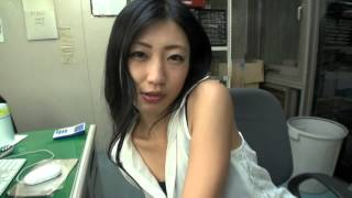 getlinkyoutube.com-壇蜜(タンミー)『蜜パン』CM003『東スポ』一面「日中パンティ摩擦」編