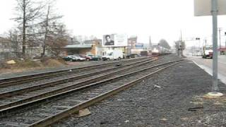 getlinkyoutube.com-Amtrak Crossing in Framingham