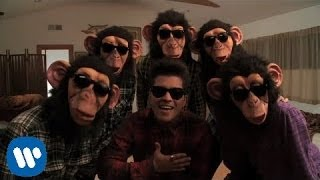 getlinkyoutube.com-Bruno Mars - The Lazy Song [OFFICIAL VIDEO]