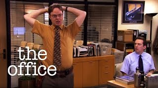 getlinkyoutube.com-Dwight's Accidental Discharge  // The Office US