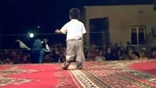 getlinkyoutube.com-Algerie:UN PETIT CHIKOR ALGERIEN DANSE,,,,,,,,,,,,,,,,,,,,