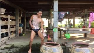 getlinkyoutube.com-รวมเพลงแดนซ์ ( เร็กเก้ บ้านสวน แก้ผ้าอาบน้ำเต้น )