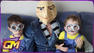 getlinkyoutube.com-Minions show you how to make Minion Cup Cakes!