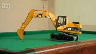 getlinkyoutube.com-CAT Kettenbagger Bruder Umbau auf RC