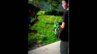 getlinkyoutube.com-Kid gets punched in mouth (Caution Blood*)