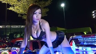 getlinkyoutube.com-Chonburi Plaza Car Audio Show with Coyote Dancers Rewind