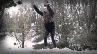 getlinkyoutube.com-Julia Salesses - m'evader
