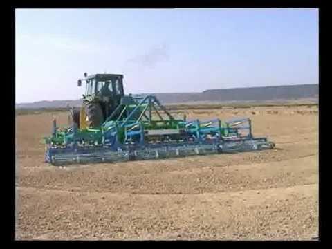 COMBINATOR CU SAPE (Utilaj Agricol) - DEMONSTRATIE - Pregatirea Terenului de Semanat