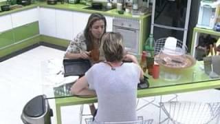 getlinkyoutube.com-BBB11 - Diana  'Não entendi por que todo mundo ama a Adriana agora'.
