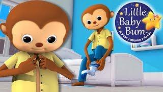 getlinkyoutube.com-Getting Dressed Song | US Version | Nursery Rhymes by LittleBabyBum!
