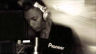 getlinkyoutube.com-Jeff Mills - Essential Mix BBC - Radio 1 - 09.07.2006
