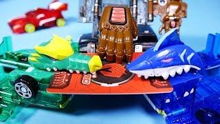 getlinkyoutube.com-터닝메카드 킹죠스 타이탄 크로키 MeCard 헬로카봇 슈팅카 장난감Turning MeCard cars