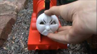 getlinkyoutube.com-Lionel VS Bachmann