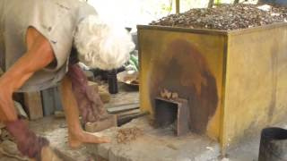getlinkyoutube.com-Making charcoal & wood vinegar with iwasaki kiln2
