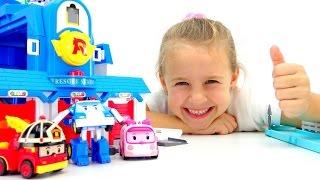 getlinkyoutube.com-Игрушки РОБОКАРЫ и Ксюша. Робокар Поли, Рой и Эмбер - Машинки трансформеры. Игры для детей