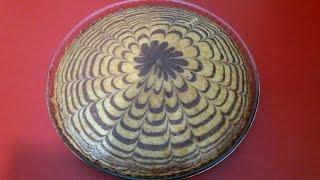 getlinkyoutube.com-كيكة سهلة / كيكة اقتصادية / كيك مخطط مع طبخ ليلى zebra cake