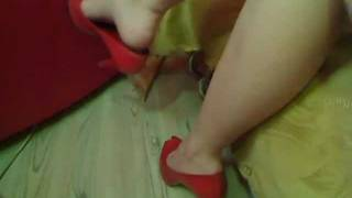 getlinkyoutube.com-My friend Diana tapping and dangling feet in high heels stiletto.mpg
