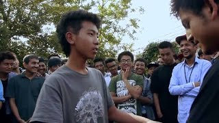 getlinkyoutube.com-Tayahang Vs Onie - Raw Barz (RAP BATTLE)