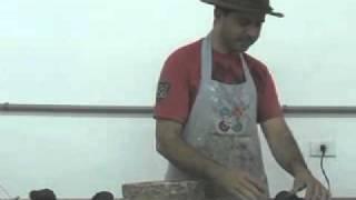 getlinkyoutube.com-Modelagem em argila com molde de gesso