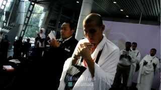 10 Mei 2012 - Doa Sebelum Berangkat Mengerjakan Umrah oleh Ustaz Don Daniyal di KLIA