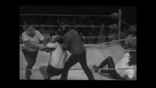 getlinkyoutube.com-WCW Australia 70's Mark Lewin vs Abdullah The Butcher
