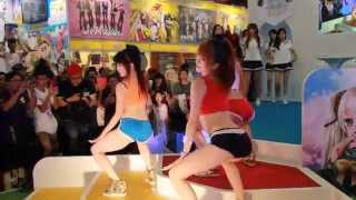 getlinkyoutube.com-Lamigirls - 20150809 漫畫博覽會 - Up & Down - 伊伊 & 梓梓 & 小帆