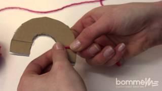 getlinkyoutube.com-Bommel / PomPom selber machen - Die Halbkreis Methode | DIY Tutorial