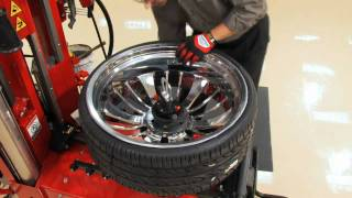 getlinkyoutube.com-Tire Changer - Hunter Auto34 Leverless Tire Changer Machine